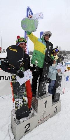 Spanske Lucas Eguibar kunne juble for seier også søndag. Her flankert av Martin Nörl (t.v.) og Matija Mihic. ALLE FOTO: OLE JOHN HOSTVEDT