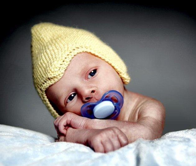 Joel Christopher Ringsrød, født 16. september, fotografert da han var 19 dager gammel.  Fotograf Marion Haslien